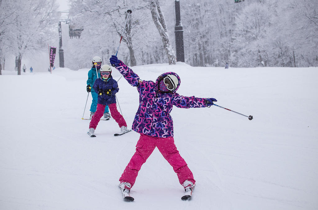 Kids lessons are a real hoot in Nozawa Onsen. Head over to https://www.facebook.com/nozawaphoto to see if you've been snapped!