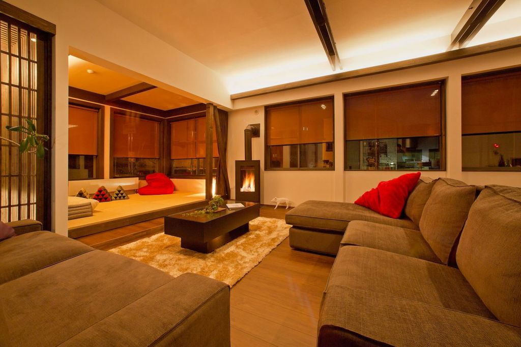 Huge living space looking right out on the slopes at Kamoshika Lodge Nozawa Onsen