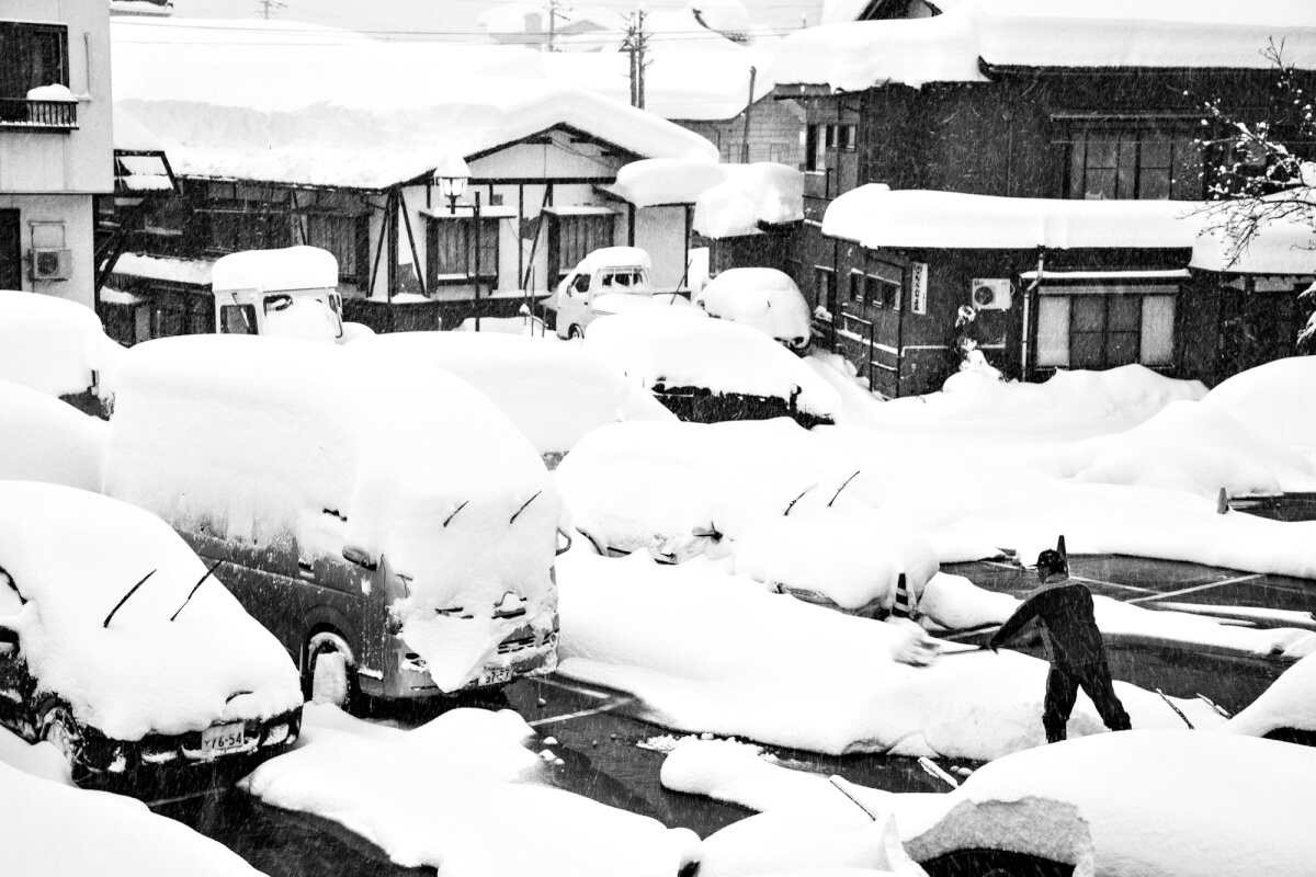 Non stop snow clearing in Nozawa Onsen.